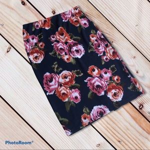 4/$20 14th & Union L floral tight skirt